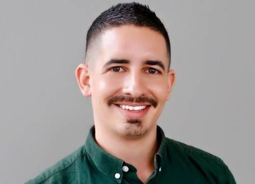 Aljosha Karim  Schapals Author of Evaluating Organization Development