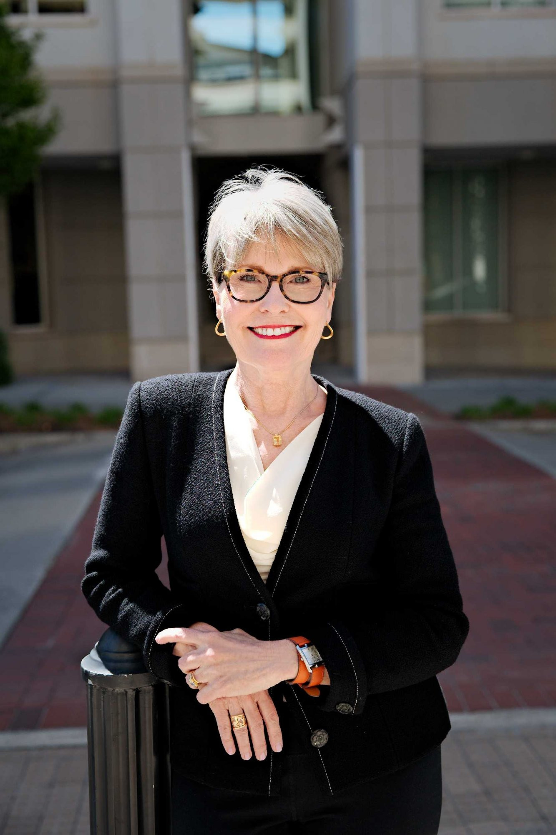 Constance  Dierickx Author of Evaluating Organization Development