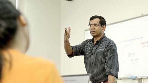 Raqib  Chowdhury Author of Evaluating Organization Development