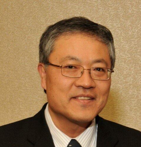 Fuewen Frank Liou Author of Evaluating Organization Development