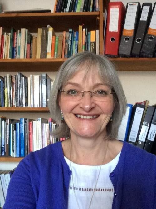Author - Julie  Lunn