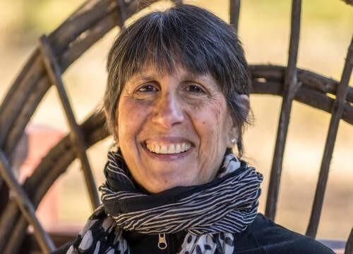 Author - Dayna  Guido