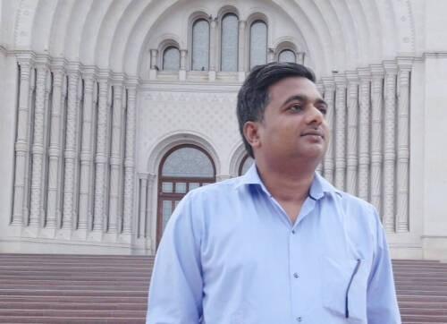 Dr. Narendra  Kumar Author of Evaluating Organization Development