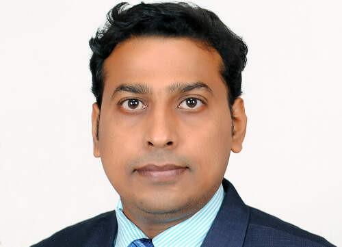 Souvik  Pal Author of Evaluating Organization Development