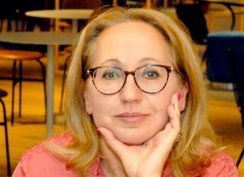 Author - Elena  Simms