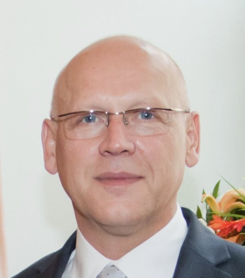 Adam J. Chmielewski Author of Evaluating Organization Development