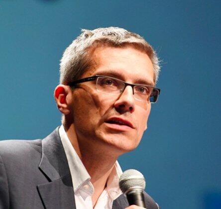 Laurent  WARLOUZET Author of Evaluating Organization Development