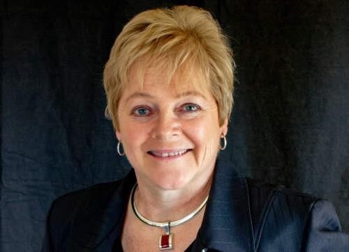 Author - Bonnie Lynn Slykhuis