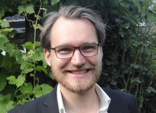 Philipp  Öhlmann Author of Evaluating Organization Development