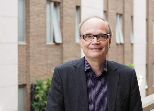 Rick  Szostak Author of Evaluating Organization Development
