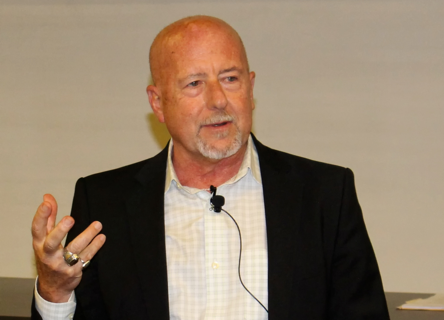 Paul  Jay Author of Evaluating Organization Development