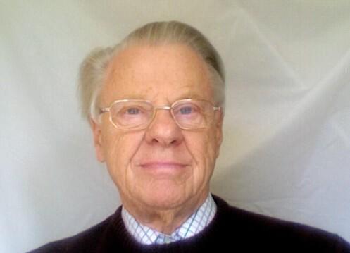 Alan  Cruttenden Author of Evaluating Organization Development