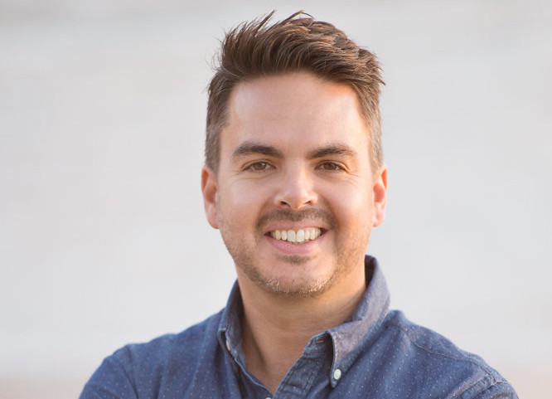 Brendon  Knott Author of Evaluating Organization Development