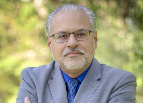 Fernando  Castrillon Author of Evaluating Organization Development
