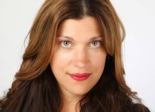 Author - Tingy Alexandra Simoes
