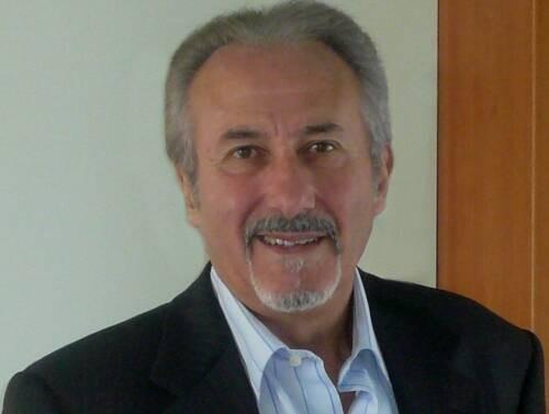 Author - Claude  Maley