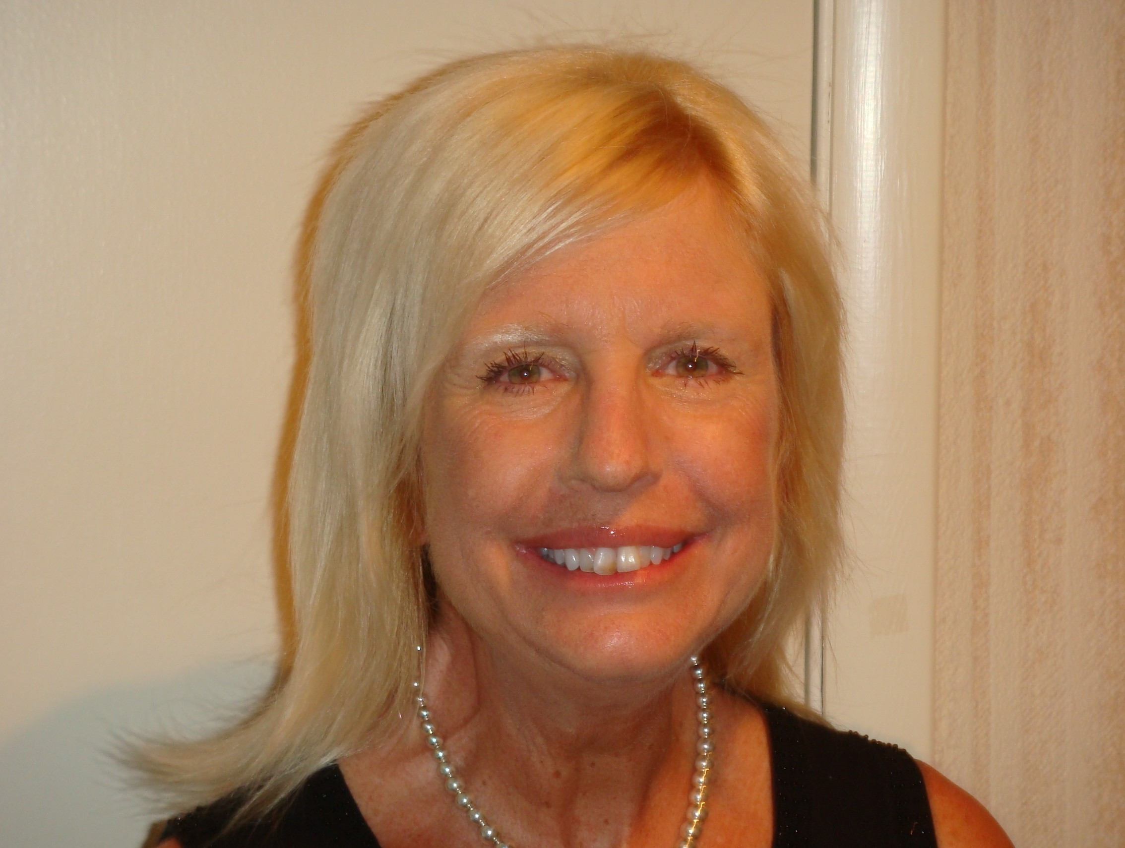 Author - Ginger  Levin