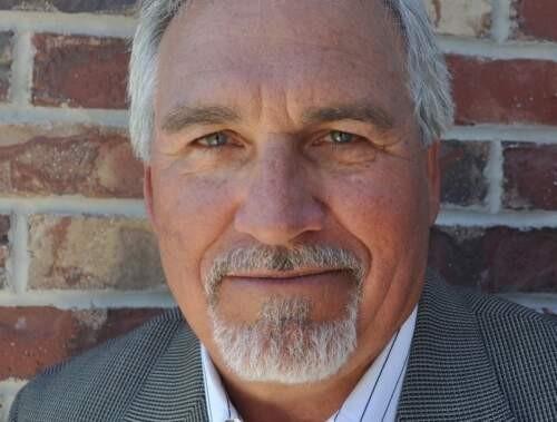 R. Bick  Lesser Author of Evaluating Organization Development