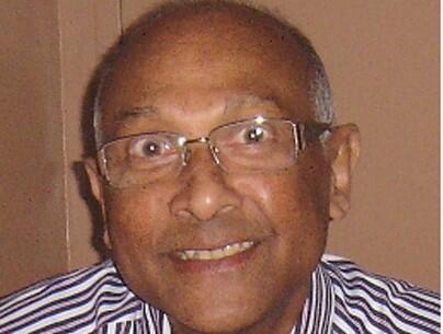 Titus  De Silva Author of Evaluating Organization Development