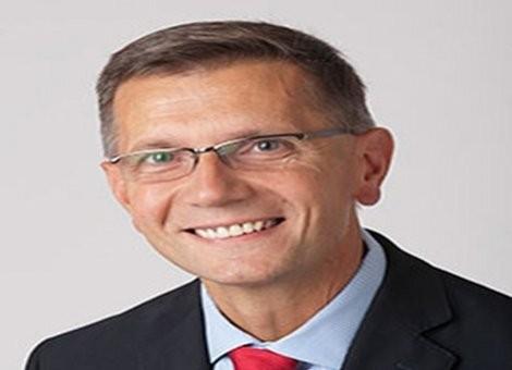 Andrew  Banasiewicz Author of Evaluating Organization Development
