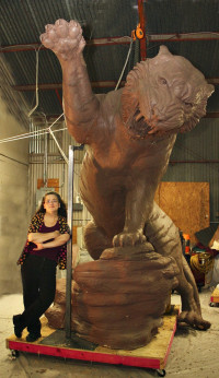 Sculptor with clay of Grambling Tiger